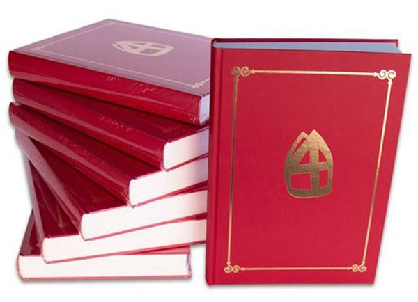 Sinterklaas book with 350 pages
