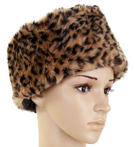 Fur hat panther print