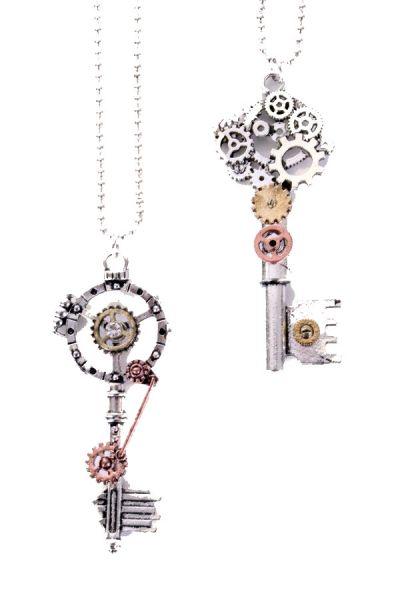 Steampunk kettingen met sleutels