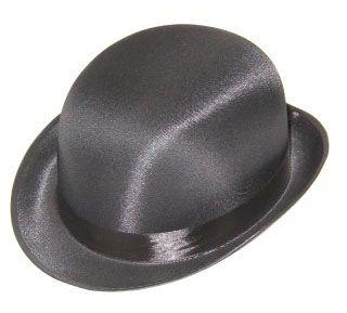 Bow hat in black satin luxury
