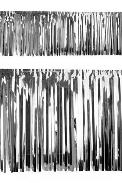 PVC strung foil garland silver