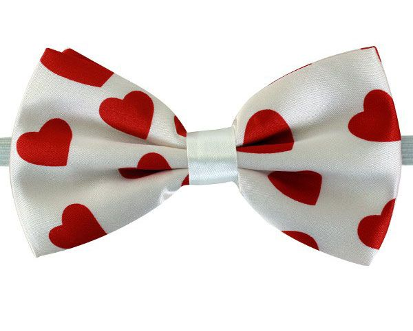 Bow tie heart print
