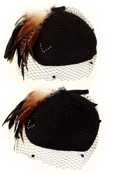 Dameshoed zwart gaas zwart bruine veren en strik
